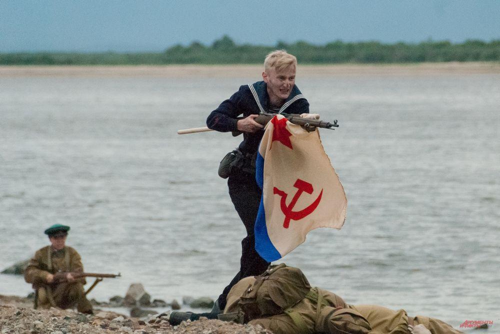 Советским морякам удалось прорваться в осаждённый город