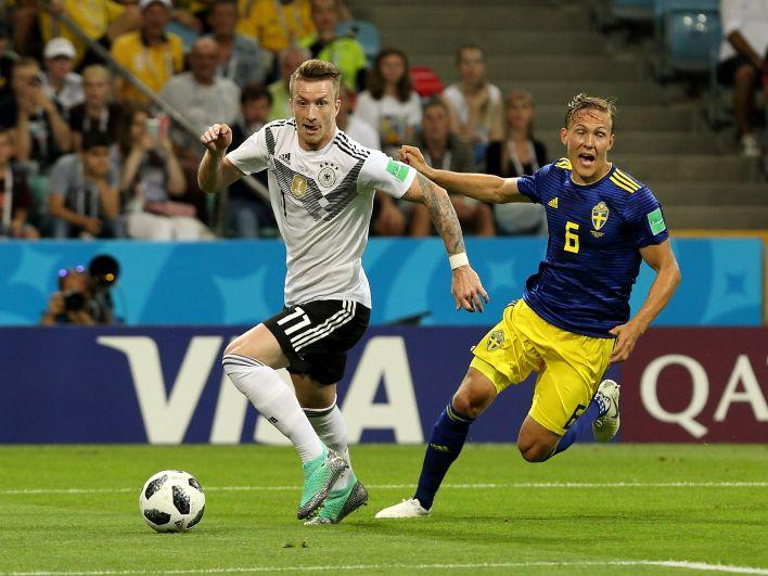 Кроме недавнего поражения в матче с Мексикой, сборная Германии всего раз проиграла в первом матче на чемпионате мира - Алжиру в 1982 году, но дошла до финала.
