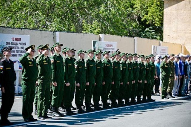 35 оренбургских призывников будут отдавать долг родине в Ясном и Крыму.