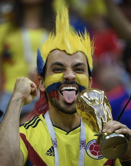 Яркий болельщик сборной Колумбии.