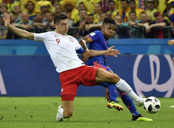 Звездой польской команды является нападающий мюнхенской «Баварии» Роберт Левандовски. До сих пор он не забил на чемпионате мира ни одного гола.