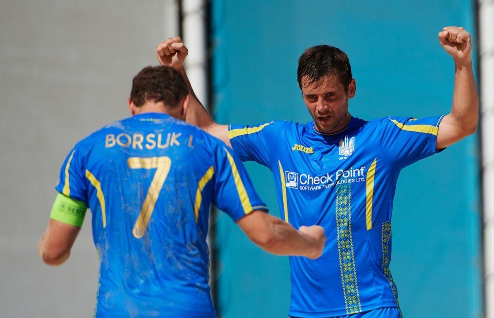 Украинская сборная по пляжному футболу одолела сборную Германии. Неподдельные эмоции Пачева и капитана команды Игоря Борсука.