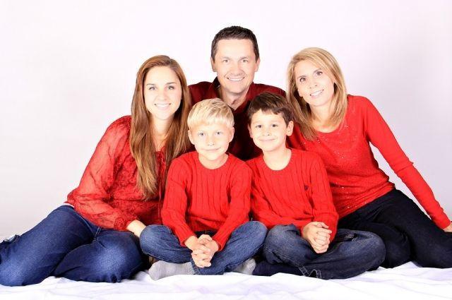 В Омске разрабатываются меры поддержки семей, в которых трое и более детей.