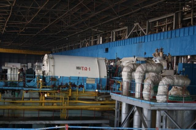 Энергетики готовят оборудование Каргалинской ТЭЦ к зиме.