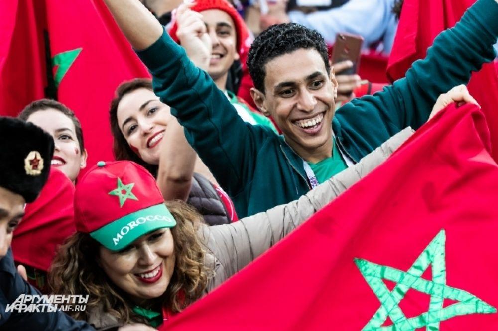 Сборная Марокко выходила на матч, точно зная, что он  - последний для них на этом чемпионате. Но болельщиков это не смутило - они пели и танцевали.