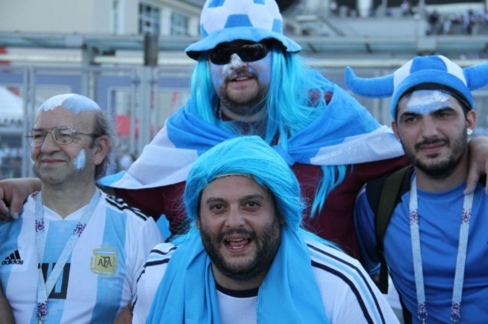Фанаты Аргентины пришли на стадион в цветах сборной.