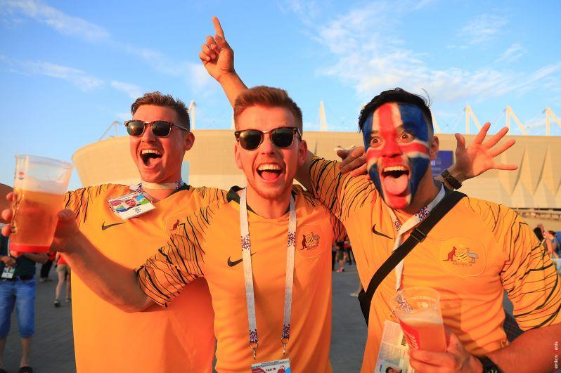Болельщики из Австралии приехали поддержать команду Исландии.