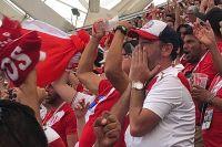 Перуанские болельщики оказались очень эмоциональными, многие рыдали, не сумев сдержать слёз.