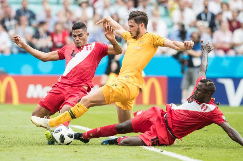 Перуанцы переиграли австралийцев со счётом 2:0.