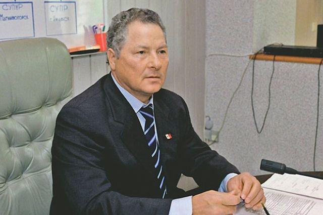 Тумаев 25 лет возглавлял одно из ведущих предприятий нефтегазовой отрасли страны.