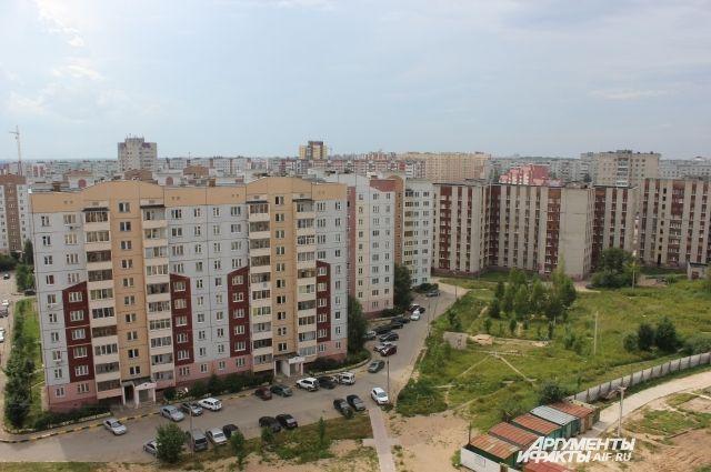 Киселевка - спальный район, который требует украшений, чтобы дворы не были однообразными.