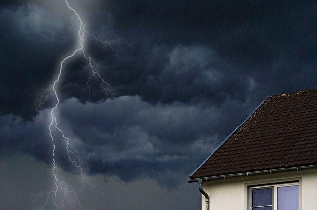 МЧС: 28 и 29 июня на юге Тюменской области ожидается шторм и гроза