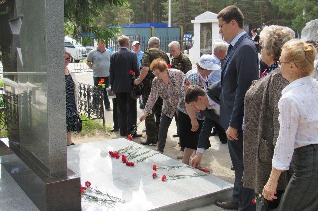 В Тюмени состоялось открытие памятника кавалерам ордена Славы