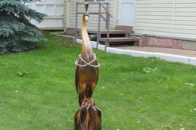 Скульптура журавля заняла на конкурсе первое место.