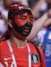 А за корейцев болели не только их фанаты, но и в целом стадион.