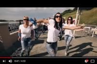 Клип снимали на набережной Оби