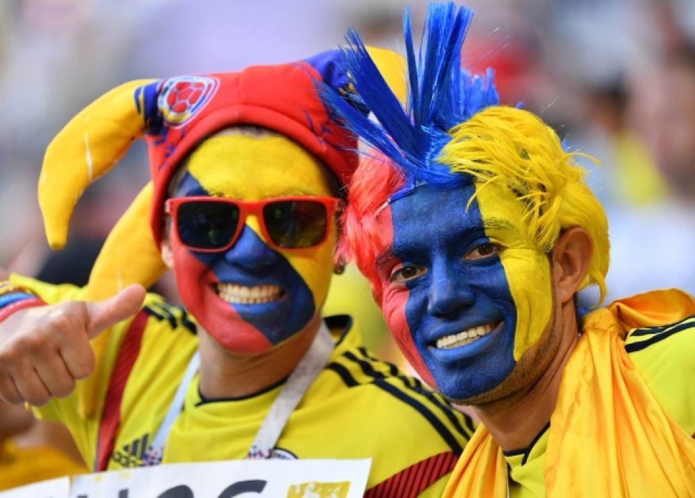 Колумбийцы радуются - из сборная все-таки вышла в плей-офф.