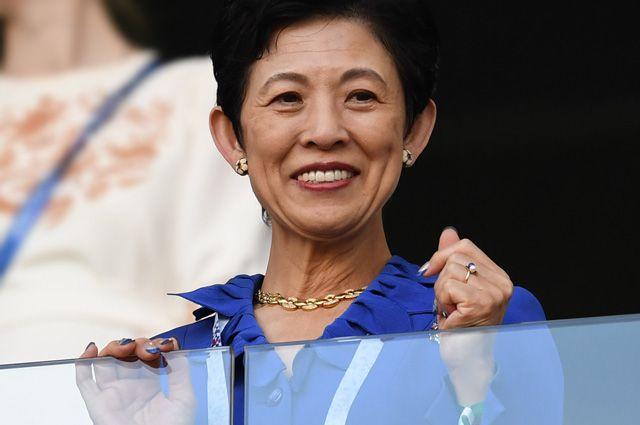 Принцесса Японии Хисако Такамадо перед началом матча ЧМ по футболу между сборными Японии и Сенегала.