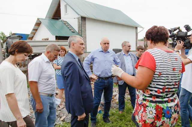 Жители Гурьевска пожаловались Сергею Цивилёву на безразличие районных властей к их проблемам.