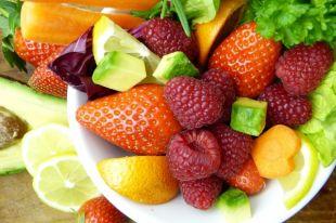 Из фруктов можно приготовить много интересных блюд.