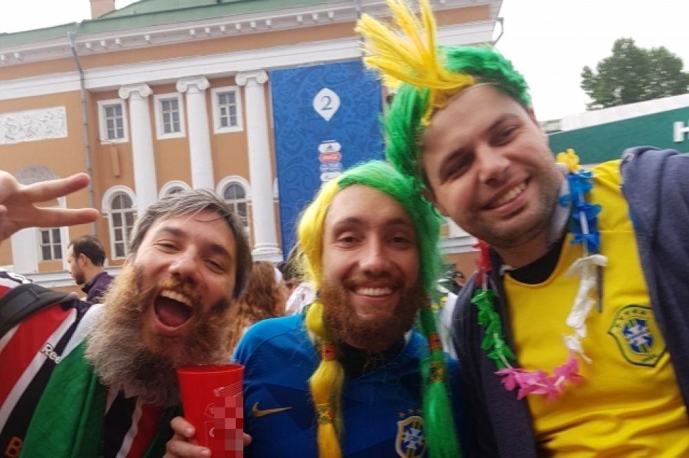 На Конюшенной площади - настоящий праздник футбола!