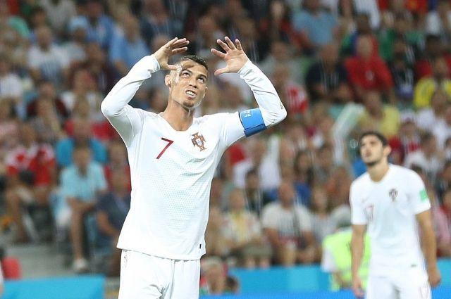 Криштиану Роналду отправляется домой после проигрыша сборной Уругвая.