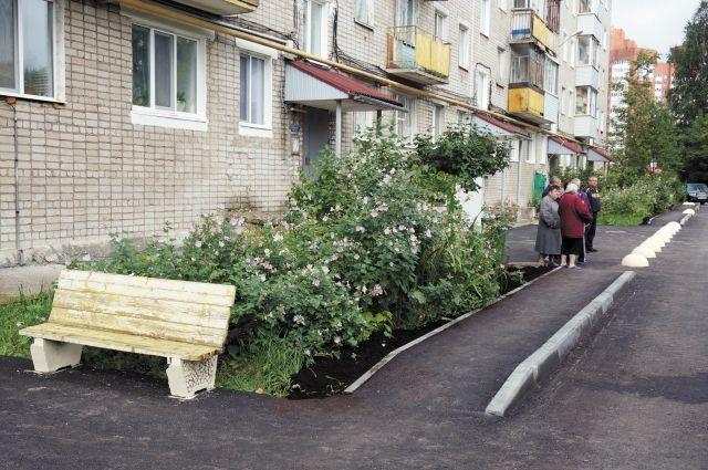 В Салехарде закончили работы в одном из городских дворов