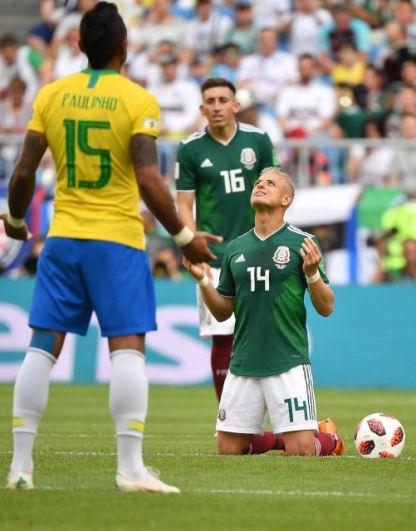 Даже молитвы не помогли Эрнандесу против такого соперника.