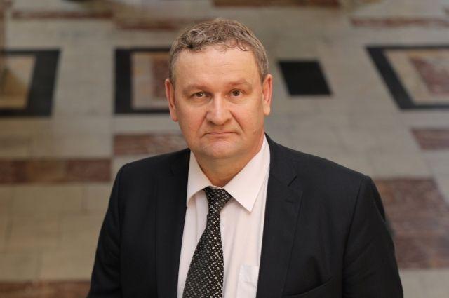 Евгений Хлебунов отработал в должности заместителя губернатора чуть больше года.