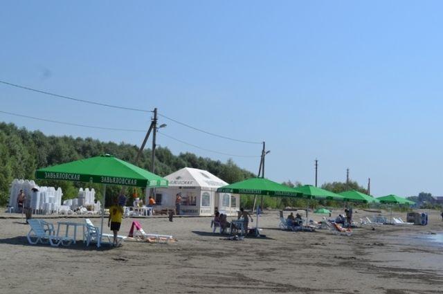 Пляж на острове Помазкин