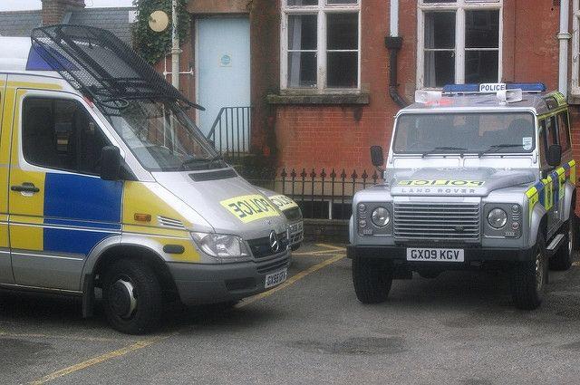 Два человека пострадали отнеизвестного вещества вбританском Солсбери