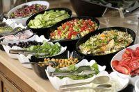 Правильное питание поможет справиться с лишним весом, а также нормализовать уровень сахара и холестерина.