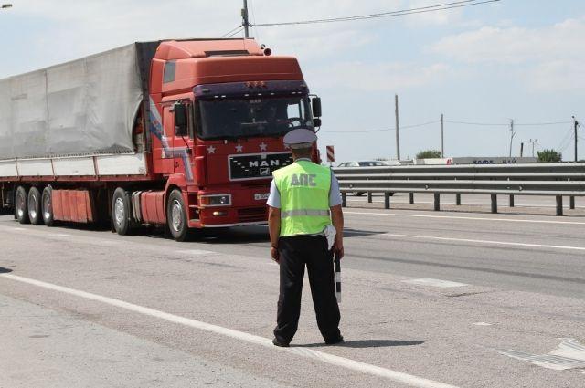 Ограничения надвижение большегрузов пофедеральным трассам вводятся с5июля