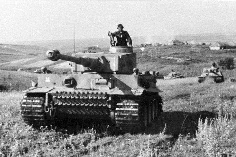 Немецкие танки «Тигр».