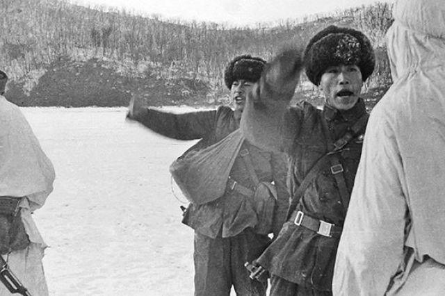 Китайские агрессоры, начав со слов, перешли к вооружённой атаке.