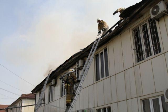 ВГрозном вспыхнула крыша одного иззданий чеченского Минтруда