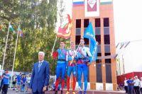 Надымчанин почти побил мировой рекорд на «Штурмовой лестнице»