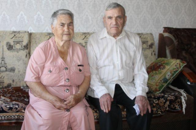 Прожив вместе 61 год, Федор и Раиса Ушаковы пронесли сквозь годы тепло любви и взаимопонимания.