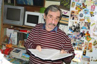 Станислав Гордиенко ютится в квартире 13,9 кв.м.