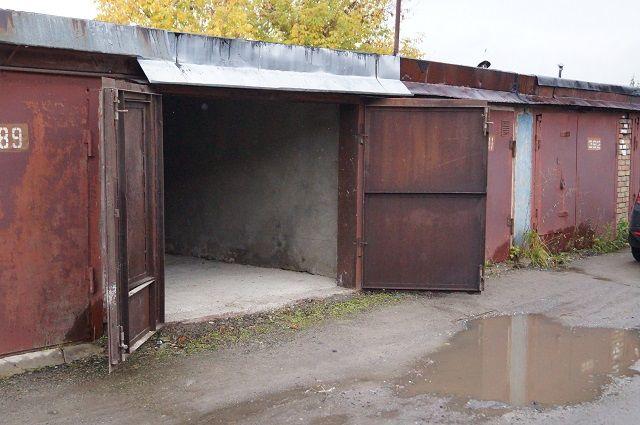 Нелегальные гаражи демонтируют.