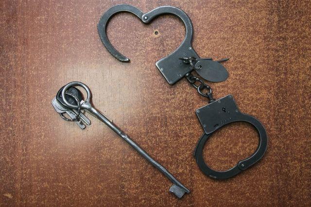 Уголовное дело о краже денег со счёта сироты передано в суд.