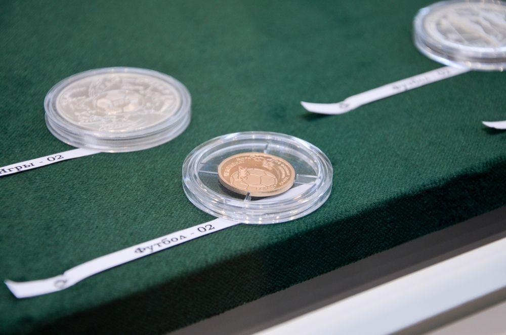 На выставке их будут продавать по 1000 рублей за штуку.