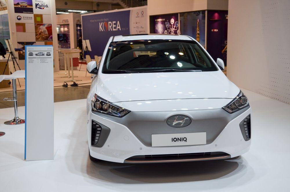 Электромобиль от известного корейского автопроизводителя.
