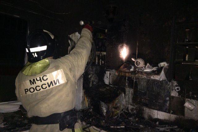 В Тюмени произошел пожар в частном доме на Обороне