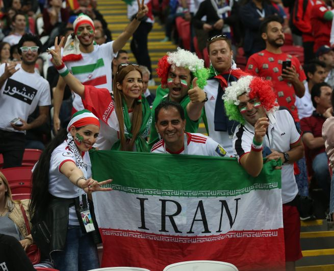 Впервые с 1979 года иранские женщины смогли побывать на стадионе. А казанцы с удивлением узнали, насколько они красивы.