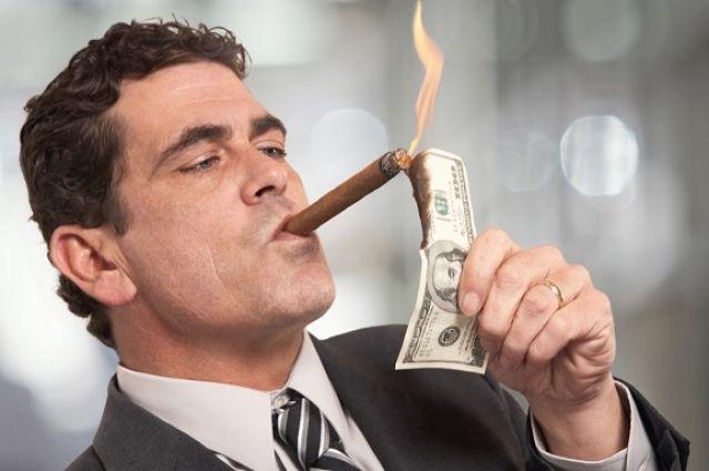 Жизнь взаймы: почему новый закон о кредитовании выгоден только банкирам