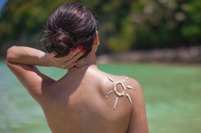 Как сделать домашнее средство от солнечных ожогов?