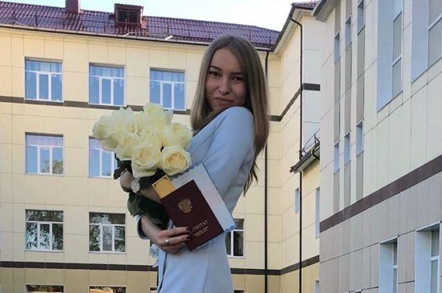 Евгения уже подала документы на юридический факультет Санкт-Петербургского госуниверситета.