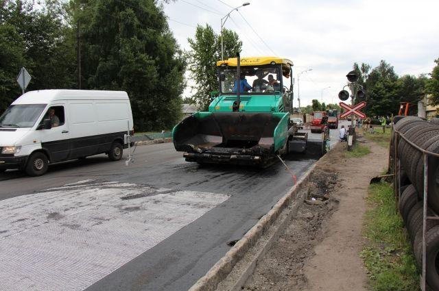 До конца года нужно отремонтировать 22 дороги и тротуара в облцентре.