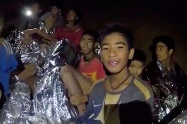 В Таиланде началась финальная часть операции по спасению детей из пещеры
